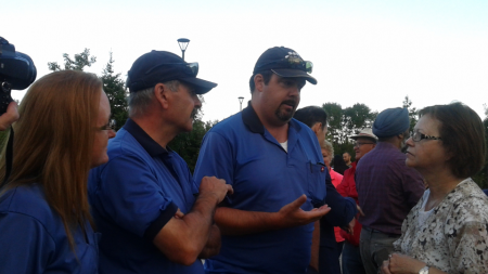 CUPW members from Ontario locals in Sudbury and North Bay speak to Judy Foote Minister of Public Services and Procurement on Monday August 22, 2016